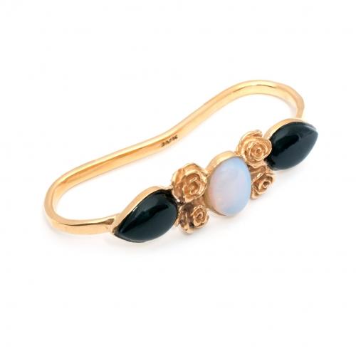 Haya Hand Cuff Gold Onyx Moonstone