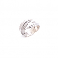 TO21 Feather Pinky Ring Silver