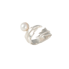 TO39b1 Feather Pearl Pinky Ring Silver-White