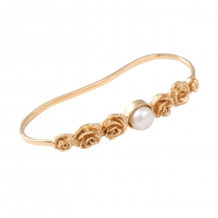 FL70b Rose Ina Hand Cuff - Gold-White