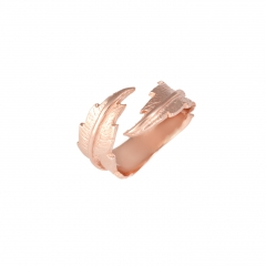 TO64 Feather Pinky Ring - Rose