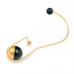 DU044 Mata Earcuff - Black Onyx