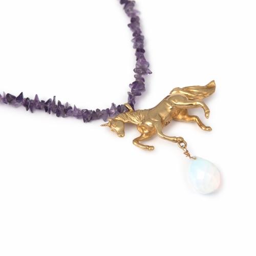un09b-amethyst-moonstone-necklace